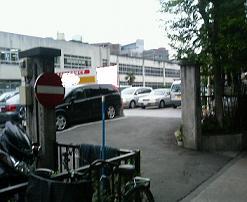 正門.jpg